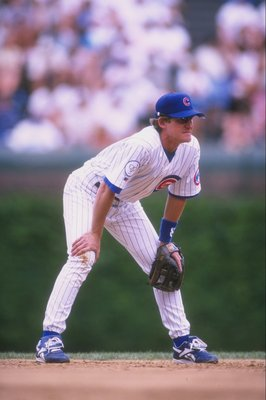 20 May 1998:  Jeff Blauser, #4 of the Chicago Cubs in action during a game against the Los Angeles Dodgers at Wrigley Field in Chicago, Illinois. The Cubs defeated the Dodgers 5-0. Mandatory Credit: Matthew Stockman  /Allsport