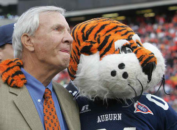 Large_patdyeaubie_display_image