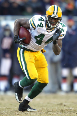 CHICAGO, IL - JANUARY 23:  Running back James Starks #44 of the Green Bay Packers runs the ball against the Chicago Bears in the NFC Championship Game at Soldier Field on January 23, 2011 in Chicago, Illinois.  (Photo by Andy Lyons/Getty Images)