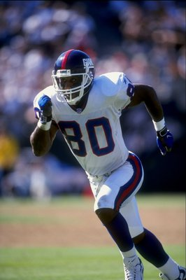 13 Sep 1998:  Wide receiver Chris Calloway #80 of the New York Giants in action during the game against the Oakland Raiders at the Oakland Coliseum in Oakland, California. The Raiders defeated the Giants 20-17.