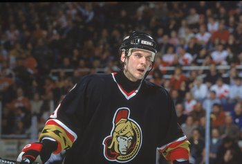 5 Feb 2001:  Alexei Yashin #19 of the Ottawa Senators skates on the ice during the game against the Detroit Red Wings at the Joe Louis Arena in Detroit, Michigan. The Red Wings defeated the Senators 4-2.Mandatory Credit: Tom Pigeon  /Allsport