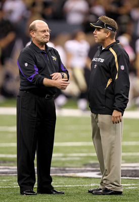 NEW ORLEANS - SEPTEMBER 09:  Head coach Sean Payton (R) of the New Orleans Saints talks with head coach Brad Childress of the Minnesota Vikings at Louisiana Superdome on September 9, 2010 in New Orleans, Louisiana.  (Photo by Ronald Martinez/Getty Images)