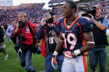 DENVER - SEPTEMBER 14:  Wide receiver Eddie Royal #19 of the Denver Broncos leaves the field after facing the San Diego Chargers during NFL action at Invesco Field at Mile High on September 14, 2008 in Denver, Colorado. The Broncos defeated the Chargers 3
