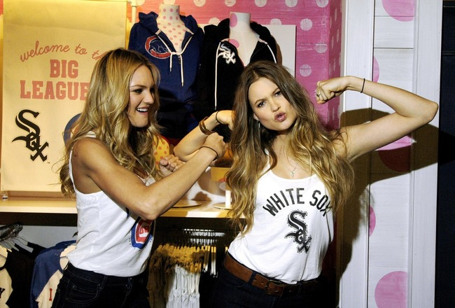 56710_candice_swanepoel_behati_prinsloo_vs_pink_mlb_collection_launch_16_122_105lo_crop_650x440