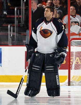 PHILADELPHIA, PA - MARCH 12:  Ondrej Pavelec #31 of the Atlanta Thrashers looks on before playing against the Philadelphia Flyers on March 12, 2011 at Wells Fargo Center in Philadelphia, Pennsylvania.  (Photo by Jim McIsaac/Getty Images)