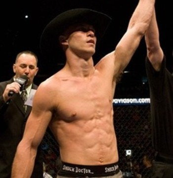 Cerrone is too good for Rocha and will get a quick or lop-sided win