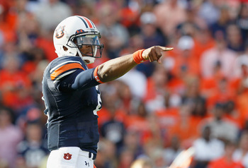AUBURN, AL - NOVEMBER 13:  Quarterback Cameron Newton #2 of the Auburn Tigers points out the defense in the first offensive series against the Georgia Bulldogs at Jordan-Hare Stadium on November 13, 2010 in Auburn, Alabama.  (Photo by Kevin C. Cox/Getty I