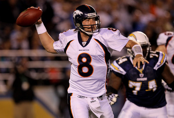 SAN DIEGO - NOVEMBER 22: Quarterback Kyle Orton #8 of the Denver Broncos throws a pass on the run against the San Diego Chargers at Qualcomm Stadium on November 22, 2010 in San Diego, California.  (Photo by Stephen Dunn/Getty Images)