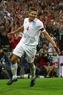 LONDON, ENGLAND - AUGUST 11:  Steven Gerrard of England celebrates after scoring his team's second goal during the International Friendly match between England and Hungary at Wembley Stadium on August 11, 2010 in London, England.  (Photo by Richard Heathc