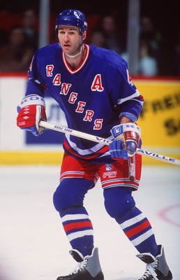 1994: DEFENSEMAN KEVIN LOWE OF THE NEW YORK RANGERS IN ACTION AGAINST THE CANADIENS AT THE FORUM IN MONTREAL.  Mandatory Credit: Robert Laberge/ALLSPORT