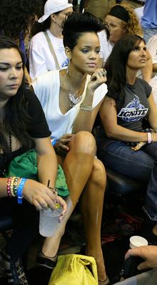 ORLANDO, FL - JUNE 11:  Singer Rihanna attends Game Four of the 2009 NBA Finals between the Los Angeles Lakers and the Orlando Magic on June 11, 2009 at Amway Arena in Orlando, Florida.  NOTE TO USER:  User expressly acknowledges and agrees that, by downl