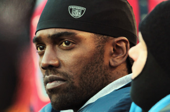 KANSAS CITY, MO - DECEMBER 26:  Receiver Randy Moss #84 of the Tennessee Titans watches from the sidelines during the game against the Kansas City Chiefs on December 26, 2010 at Arrowhead Stadium in Kansas City, Missouri.  (Photo by Jamie Squire/Getty Ima