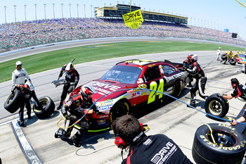 KANSAS CITY, KS - JUNE 05:  Jeff Gordon pits the #24 Drive to End Hunger Chevrolet during the NASCAR Sprint Cup Series STP 400 at Kansas Speedway on June 5, 2011 in Kansas City, Kansas.  (Photo by John Harrelson/Getty Images for NASCAR)