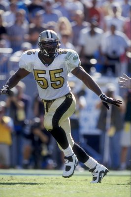 1 Nov 1998:  Linebacker Mark Fields #55 of the New Orleans Saints in action during the game against the Carolina Panthers at the Eriksson Stadium in Charlotte, North Carolina. The Panthers defeated the Saints 31-17. Mandatory Credit: Andy Lyons  /Allsport