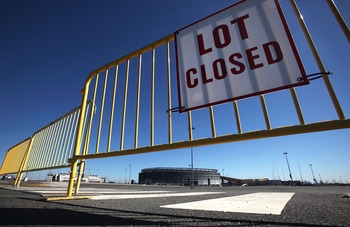 EAST RUTHERFORD, NJ - MARCH 03:  An empty parking lot is seen at New Meadowlands Stadium, home of the NFL's New York Jets and New York Giants, March 3, 2011 in East Rutherford, New Jersey. Last minute negotiations between the NFL owners and its players un