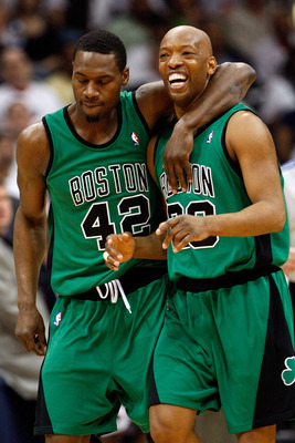 ATLANTA - MAY 02:  Tony Allen #42 puts his arm around Sam Cassell #28 of the Boston Celtics after a foul against the Atlanta Hawks in Game Six of the Eastern Conference Quarterfinals during the 2008 NBA Playoffs at Phillips Arena on May 2, 2008 in Atlanta