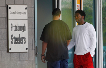 PITTSBURGH - APRIL 26:  A day after the NFL lockout was lifted, Charlie Batch #16 and Ryan Clark #25 of the Pittsburgh Steelers report to the South Side training facility on April 26, 2011 in Pittsburgh, Pennsylvania.  (Photo by Jared Wickerham/Getty Imag