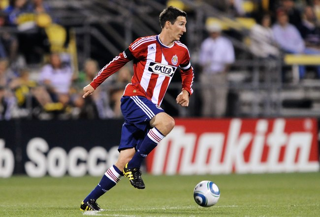 COLUMBUS, OH - MAY 15:  Sacha Kljestan #16 of Chivas USA controls the ball against the Columbus Crew on May 15, 2010 at Crew Stadium in Columbus, Ohio.  (Photo by Jamie Sabau/Getty Images)