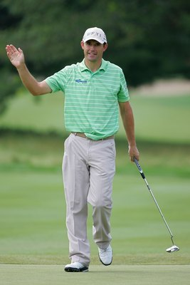 CROMWELL, CT - JUNE 24:  Padraig Harrington of Ireland waves to fans during the first round of the Travelers Championship held at TPC River Highlands on June 24, 2010 in Cromwell, Connecticut.  (Photo by Michael Cohen/Getty Images)