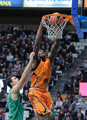 Biyombo_display_image