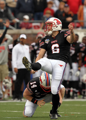 DALLAS, TX - DECEMBER 30:  Kicker Matt Szymanski #6 of the SMU Mustangs misses a field goal in the fourth quarter against the Army Black Knights during the Bell Helicopter Armed Forces Bowl at Gerald J. Ford Stadium on December 30, 2010 in Dallas, Texas.