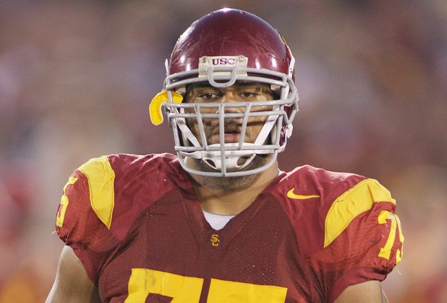 LOS ANGELES - NOVEMBER 29:  Matt Kalil #75 of the USC Trojans looks on against the Notre Dame Fighting Irish on November 29, 2008 at the Los Angeles Memorial Coliseum in Los Angeles, California.  USC won 38-3.  (Photo by Jeff Golden/Getty Images)