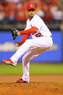 ST. LOUIS, MO - APRIL 22: Reliever Eduardo Sanchez #52 of the St. Louis Cardinals pitches against the Cincinnati Reds at Busch Stadium on April 22, 2011 in St. Louis, Missouri.  (Photo by Dilip Vishwanat/Getty Images)