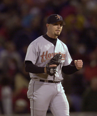 5 Oct 2001: Relief pitcher Billy Wagner #13 of the Houston Astros celebrates the last out of the game giving Houston the 2-1 win over the St. Louis Cardinals at Busch Stadium in St. Louis, Missouri. DIGITAL IMAGE. Mandatory Credit: Elsa/ALLSPORT