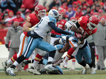 KANSAS CITY, MO - DECEMBER 26:  Jamaal Charles #25 of the Kansas City Chiefs carries the ball during the game against the Tennessee Titans on December 26, 2010 at Arrowhead Stadium in Kansas City, Missouri.  (Photo by Jamie Squire/Getty Images)