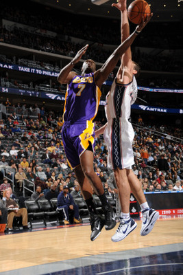 Bernstein-andrew-los-angeles-lakers-v-new-jersey-nets-lamar-odom-and-kris-humphries_display_image