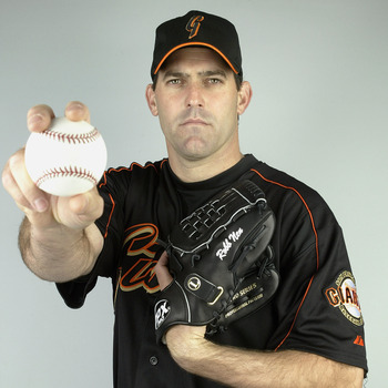 SCOTTSDALE, AZ - MARCH 2:  Pitcher Robb Nen #31 of the San Francisco Giants poses for a portrait during Photo Day on March 2, 2004 at Scottsdale Stadium in Scottsdale, Arizona. (Photo by Jeff Gross/Getty Images)