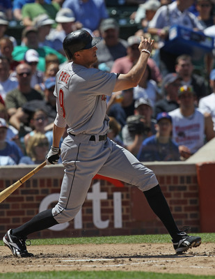 CHICAGO, IL - JUNE 01:  Hunter Pence #9 of the Houston Astros takes a swing against the Chicago Cubs at Wrigley Field on June 1, 2011 in Chicago, Illinois. The Astros defeated the Cubs 3-1.  (Photo by Jonathan Daniel/Getty Images)