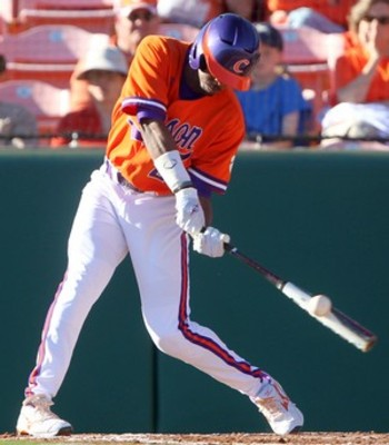 20110225_cincinnati_clemson_baseball18_t300_display_image