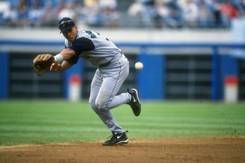 15 Aug 1998:  Alex Rodriguez #3 of the Seattle Mariners runs to catch during a game against the Chicago White Sox at Comiskey Park in Chicago, Illinois. The Mariners defeated the White Sox 13-7. Mandatory Credit: Jonathan Daniel  /Allsport
