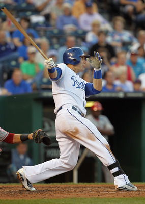 KANSAS CITY, MO - MAY 31:  Alex Gordon #4 of the Kansas City Royals breaks his bat on a hit during the game against the Los Angeles Angels of Anaheim on May 31, 2011 at Kauffman Stadium in Kansas City, Missouri.  (Photo by Jamie Squire/Getty Images)