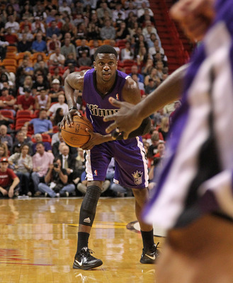MIAMI, FL - FEBRUARY 22:  Donte Green #20 of the Sacramento Kings looks to pass during a game against the Miami Heat at American Airlines Arena on February 22, 2011 in Miami, Florida. NOTE TO USER: User expressly acknowledges and agrees that, by downloadi