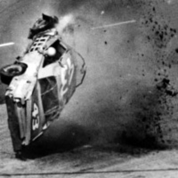Photo courtesy of watchnascarcrashes.com