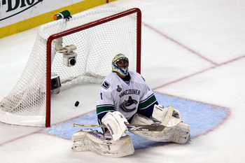 Is Vancouver's Roberto Luongo worthy of a Stanley Cup?