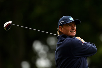 VIRGINIA WATER, ENGLAND - MAY 27:  Ernie Els of South Africa tees off on the 3rd hole during the second round of the BMW PGA Championship at the Wentworth Club on May 27, 2011 in Virginia Water, England.  (Photo by Richard Heathcote/Getty Images)