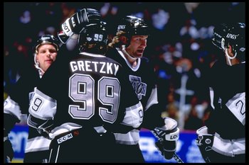 21 Mar 1995:  Center Wayne Gretzky of the Los Angeles Kings looks on during a game against the Anaheim Mighty Ducks at Arrowhead Pond in Anaheim, California.  The game was a tie, 3-3. Mandatory Credit: Glenn Cratty  /Allsport