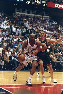 10 Feb 1998:  Forward Charles Barkley of the Houston Rockets and forward Aaron Williams of the Seattle SuperSonics fight for the ball during a game at The Summit in Houston, Texas.  The Rockets won the game, 97-83. Mandatory Credit: Robert Laberge  /Allsp