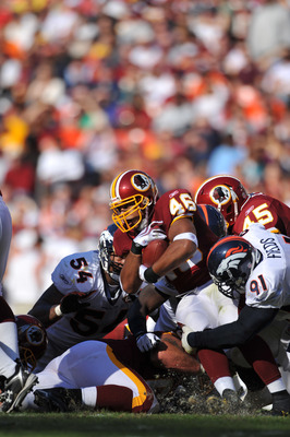 LANDOVER, MD - NOVEMBER 15:  Ladell Betts #46 of the Washington Redskins runs the ball against the Denver Broncos at FedExField on November 15, 2009 in Landover, Maryland. The Redskins defeated the Broncos 27-17. (Photo by Larry French/Getty Images)