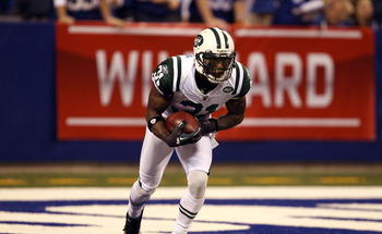 INDIANAPOLIS, IN - JANUARY 08:  Antonio Cromartie #31 of the New York Jets fields a kickoff which he returns 47-yards in the final minute of the fourth quarter against the Indianapolis Colts during their 2011 AFC wild card playoff game at Lucas Oil Stadiu