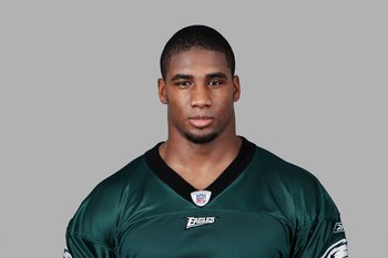 PHILADELPHIA - 2008:  Darren Howard of the Philadelphia Eagles poses for his 2008 NFL headshot at photo day in Philadelphia, Pennsylvania.  (Photo by Getty Images)