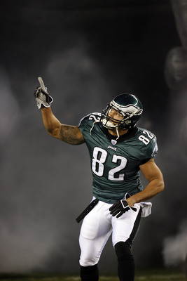 Philadelphia Eagles tight end L.J. Smith (82) in action during pre game against the Carolina Panthers at Lincoln Financial Field, in Philadelphia, PA. on December 4th, 2006. Philadelphia defeated the Panthers 27-24. (Photo by Allen Kee/Getty Images)