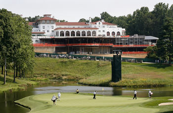 BETHESDA, MD - JULY 3: A scenic view of the 18th hole showing the Congressional Country Club clubhouse construction during the first round of the AT&T National at Congressional Country Club on July 3, 2008 in Bethesda, Maryland. (Photo by Hunter Martin/Ge