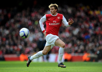 LONDON, ENGLAND - JANUARY 30:  Nicklas Bendtner of Arsenal runs with the ball during the FA Cup sponsored by E.ON fourth round match between Arsenal and Huddersfield Town at The Emirates Stadium on January 30, 2011 in London, England.  (Photo by Clive Mas