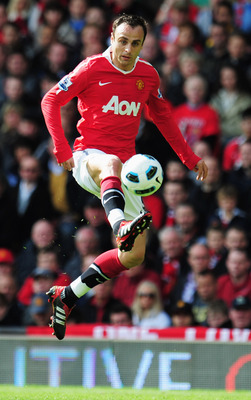 MANCHESTER, ENGLAND - MAY 22:  Dimitar Berbatov of Manchester United in action during the Barclays Premier League match between Manchester United and Blackpool at Old Trafford on May 22, 2011 in Manchester, England.  (Photo by Shaun Botterill/Getty Images
