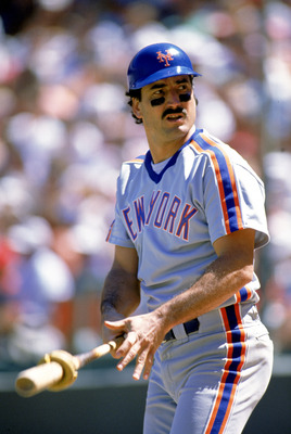 1989:  Keith Hernandez of the New York Mets gets ready to bat during a game in the 1989 season. ( Photo by: Otto Greule Jr/Getty Images)