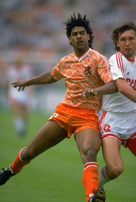 25 Jun 1988:  Frank Rijkaard of Holland battles with Oleg Protasov of the Soviet Union in action during the European Championship Final at the Olympic Stadium in Munich, West Germany. Holland won the match 2-0.  \ Mandatory Credit: David Cannon /Allsport